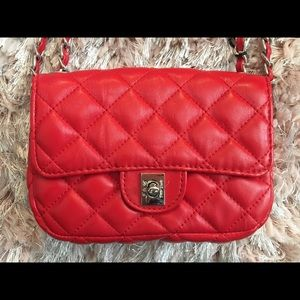 🍒RED Quilted Crossbody Purse🍒 Nwt🏷